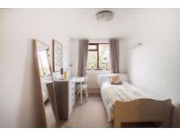 ++ ZONE 1 !!!!!!! Go for it ! Finally on the market ! Cozy Single Room !
