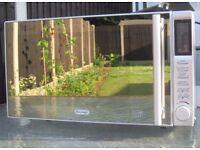 De'Longhi P90B1B Standard Microwave - S/Steel