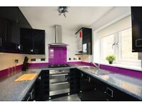 2 Bedroom flat with parking on Ashbourne road, Tooting, CR4