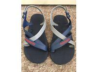 Havaianas Sandals - Size 33-34 (UK 1-2) Not between the toes!