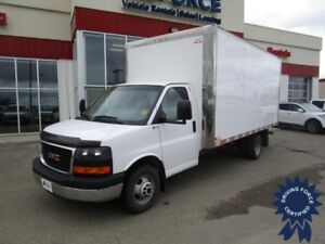 2015 GMC Savana 3500 16 Ft Cube Van Rear Wheel Drive - 31,941 KM