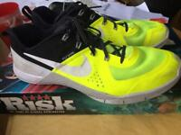 Nike flywire training/running shoes size 9.5
