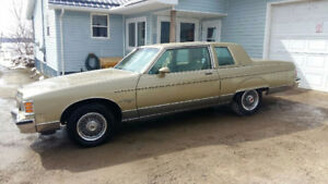 For sale 1981 Pontiac Parisenne