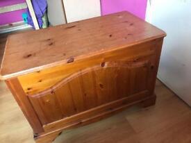 Wooden pine ottoman storage box