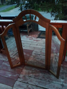 mirror with adjustable folding sides  Price Firm