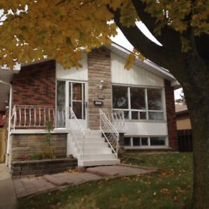 ALL INCLUSIVE FOR RENT 2 Bedroom basement apartment near Mohawk
