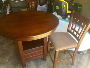 Bar height table with leaf and 4 upholstered stools