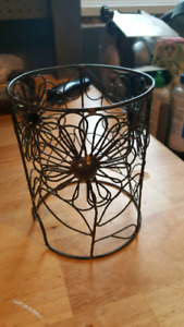 Scentsy and Partylite Melts