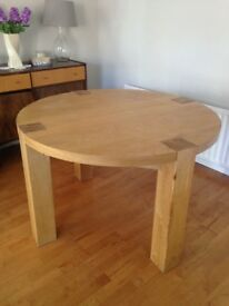 Round oak dining table only £40