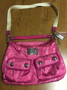 Fuchsia Coach Poppy purse