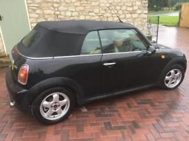 Mini Cooper Convertible 2009 68000 miles