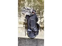 Golf clubs - Full set of irons, putter and bag