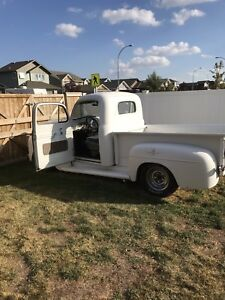 Deal pending 1951 ford F-1 short box