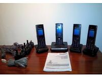 Panasonic KX-TG8561E Cordless Phone with Answer Machine and 4 Handsets