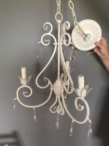 Gorgeous 3 Light Chandelier Like New for sale