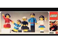 Origional 1974 Lego Figure Family Set 200