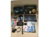 Nintendo wii u 32GB, games, controllers, balance board, boxes