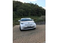 Toyota iQ 1.0 VVT-i 2010 PEARLSCENT WHITE, LOW MILAGE