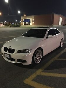 2007 BMW 335i Coupe White on Red Leather Interior