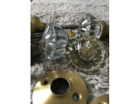Antique glass door knobs (4 pairs plus some fittings)