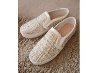 Ladies Chunky Sole Slip-On Shoes with Sparkly Fabric Uppers, size 6 – brand new in box