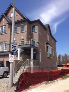 **TOWNHOME FOR LEASE IN AJAX**