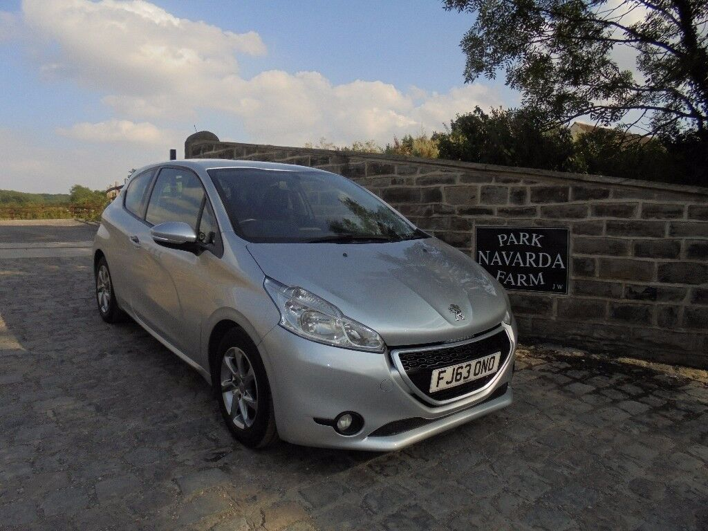 2018 peugeot 208. delighful 2018 peugeot 208 active in silver 2013 63 reg mot july 2018 to peugeot