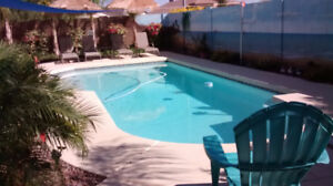 3 Bedroom House with Heated Private Pool, Beach Style Yard