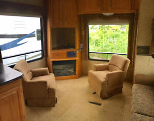 Great rear living space ! AT Orange RV Inc.