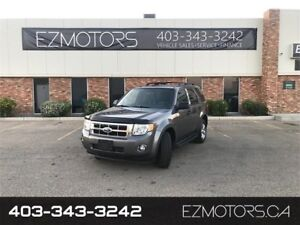 2009 Ford Escape 4WD--ONLY 96000KMS--LEATHER--WE FINANCE!