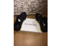 Balenciaga Race Runners Black and Yellow all sizes available