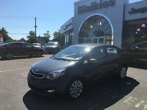 2014 Kia RIO EX | HEATED SEATS | BACK UP CAM | BLUETOOTH |