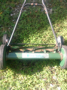 LEE VALLEY REEL MOWER