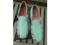 Brand new boxed Cushion Walk summer shoes size 7