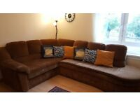 Big reclining sofa corner in good condition for sale