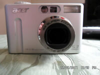 Digital camera ACER CR-5130 + 2 NEW BATTERIES