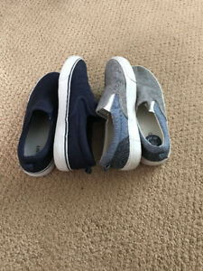 Old Navy shoes- size 3- barely worn