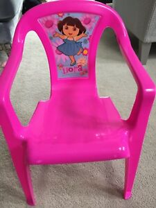 Plastic Dora chair