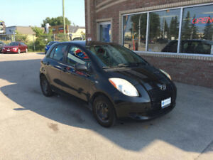 2007 TOYOTA YARIS LE. LOW KM. POWER !
