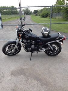 1983 Honda night hawk cb 650 cc 1200$ obo