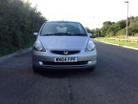 Honda jazz SE 1.4 petrol 5 door mot 1 year cdradio pas electric mirrors electric Windows