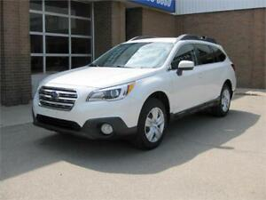 2015 Subaru Outback 2.5i + Accident Free + Back up camera