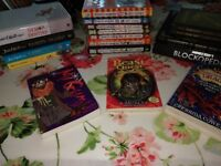 Children's books x18 David Walliams, beast quest, wimpy kids, minecraft
