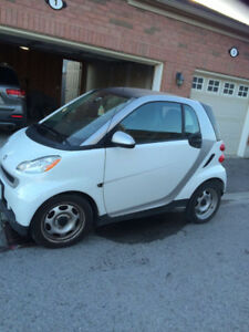 2012 Smart Car for sale - excellent condition & low kms