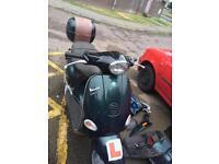 Vespa et4 125cc 11 months mot