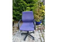 Computer chair -blue