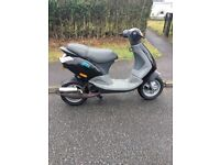 PIAGGIO ZIP 2T 50CC. SWAPS FOR ANYTHING, MAINLY A 125CC , OPEN TO ALL OFFERS