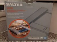 Salter 1018 kitchen weighing scale - box opened but unused