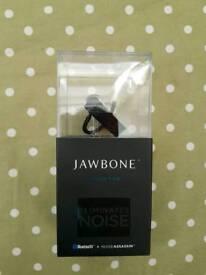 Jawbone noise assisin headset