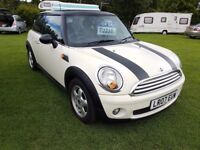 Mini Cooper 1.6l 3 dr 6 Speed Hatchback Nice Clean Tidy Car and Great Runner